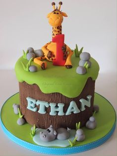 Giraffe Topped Jungle Theme Birthday Cake for Kids Giraffe Birthday Cakes, Jungle Birthday Cakes, Giraffe Cakes, Cake Birthday, Birthday Ideas, Jungle Safari Cake, Jungle Theme Cakes, Safari Cakes, Jungle Party