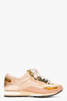 LANVIN // ROSE TONE LOW TOP SNEAKERS 41254F132009 Low top running shoe in rose and copper tones. Six eyelets with taupe lace closure. Rose ...