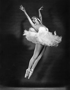 Tamara Toumanova, 1953 by Philippe Halsman