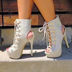 Material:PU Heel Height:14cm Embellishment:SerpentineLace-Up