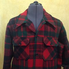 1960s Vintage Plaid Wool Woolrich Chore Jacket. Four front pockets, two buttoned, two open.