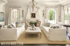 Milieu Magazine and Pamela Pierce – Alicia Wood Lifestyle Formal Living Rooms, Home Living Room, Living Room Designs, Living Room Decor, Living Spaces, Living Area, Design Salon, Beautiful Living Rooms, White Rooms