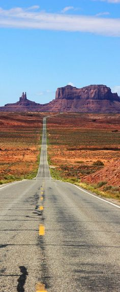 Road Trips are a Good Idea for Family Travel Famous Highway into Monument Valley, Arizona, USA. Why Road Trips are good for your familyFamous Highway into Monument Valley, Arizona, USA. Why Road Trips are good for your family Beautiful Places To Visit, Places To See, Reisen In Die Usa, Jolie Photo, Parcs, Travel Usa, Usa Roadtrip, Vacation Spots, Wonders Of The World