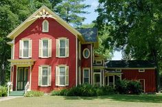 A bright, berry-colored paint is a pleasing departure from the more subdued shades typical of Italianate-style houses, like this one from the mid-1800s. |  Courtesy of: California Paints | thisoldhouse.com