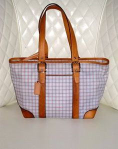 edf119e59543 ... promo code coach hampton blue pink canvas tote is going up for auction  on tophatter.