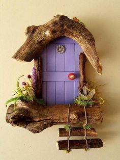 http: // www.sedonafairydo http: // www.sedonafairydo The post http: // www.sedonafairydo appeared first on Miniature Garden. Diy Fairy Door, Fairy Garden Doors, Fairy Garden Houses, Fairy Doors, Fairy Crafts, Garden Crafts, Home Crafts, Fairy Tree, Driftwood Crafts