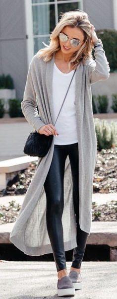 For more inspiration follow me on instagram @lapurefemme or click on photo to visit my blog!  #styles #styleblog streetstyle #streetfashion fashioninspo #styleblogger #styleoftheday #lookoftheday #fashionblogger #fashionista #fashionstyle me outfit #whatiwore
