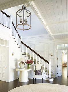 Things We Love: Staircase Art – Design Chic – Decorating Foyer Foyer Staircase, Entry Stairs, Entry Hallway, Hallway Ceiling, Stairs Trim, Luxury Interior Design, Home Design, Design Ideas, Blog Design