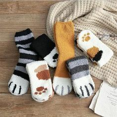 1 Pair Of Plush Coral Fleece Socks Female Tube Socks Autumn And Winter Cat Claws Cute Thick Warm Sleeping Floor Sleep Socks Fleece Socks, Cotton Fleece, Winter Cat, Cozy Socks, Fall Socks, Women's Socks, Tube Socks, Thick Socks, Coral