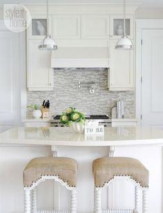 Interior: Stylish kitchen island design {PHOTO: Tracey Ayton}