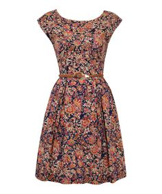London-based Louche makes pieces with style to spare. Boasting a chic print and retro-inspired silhouette, this sweet dress makes a garden-party ensemble look elegantly effortless.Size note: This item runs in UK sizes. Please refer to the size chart.
