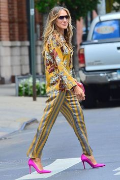 Look Fashion, Fashion News, Fashion Outfits, Womens Fashion, Fashion Trends, Sarah Jessica Parker, Celebrity Dresses, Celebrity Style, Carrie Bradshaw Outfits
