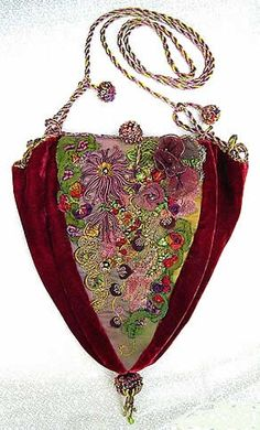 Wonderful Ribbon Embroidery Flowers by Hand Ideas. Enchanting Ribbon Embroidery Flowers by Hand Ideas. Embroidery Bags, Silk Ribbon Embroidery, Vintage Embroidery, Embroidery Designs, Embroidery Tattoo, Embroidery Thread, Machine Embroidery, Vintage Purses, Vintage Bags