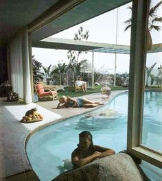 Albert Frey, House of Raymond Loewy, 1946. Designed as a bachelor's retreat and later expanded when Loew got married.