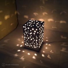Christmas Lantern Lights - Snowfall  #Christmas #Winter #Dreams #Home #Decoration #Lamp #Lights #Glowing #Box #Gift #Ideas #Lampu #Hias #Dekorasi #Natal