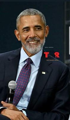 Our President Obama Michelle Obama, First Black President, Mr President, Presidente Obama, Barack Obama Family, Black Presidents, We Are The World, Raining Men, African American History