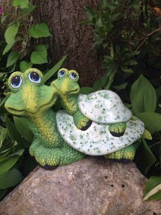 Turtle Garden Decor -- Slowpoke and Pokey Ceramic Turtles -- Mama and Baby Turtles -- Garden Decor