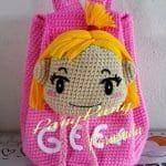 Örgü Çocuk Çanta Modelleri - Mimuu.com Knitting, Hats, Crochet Purses, Crochet Bags, Clothing, Tejidos, Hello Kitty Purse, Tricot, Hat