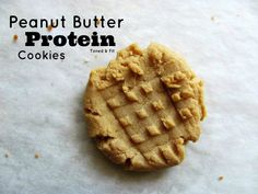 Peanut Butter Protein Cookies Makes about 8 cookies Ingredients Cookies 1 Cup of Peanut Butter (Your choice! I use Earth Balance) 1 Scoop Protein Powder (I use chocolate!) 1 Egg White 1 tsp ...