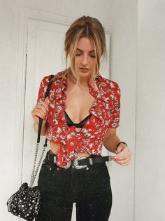 pin: beadedcrown|Top|Blouse|Multicolor|Shirt|White|Red|Floral|Short sleeve|Collar|Ruffled|Rolled sleeve|Cleavage|Bra|Bralette|Bustier|Black|Tied|Stomach|Jeans|High waisted|Belt|Silver|Accent|Buckle|Purse|Shoulder bag|Ring|Multi|Dainty|Nail|Rose gold|Gloss|Bracelet|Faux leather|Summer|Spring|P337