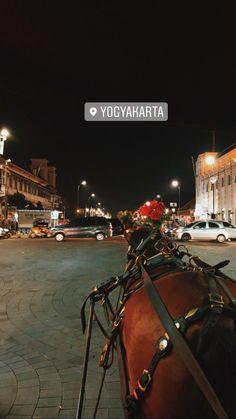 London Photography, Street Photography, Travel Photography, Quote Backgrounds, Insta Photo Ideas, Portugal Travel, Yogyakarta, Galaxy Wallpaper, Funny Art