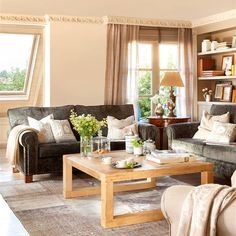 Great couch and coffee table Beautiful Living Rooms, Cozy Living Rooms, Kitchen Interior, Home Interior Design, Porch Decorating, Interior Decorating, Sweet Home, Living Room Arrangements, Living Room Designs