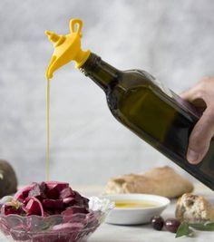 Cette lampe est ultra pratique, elle va conserver les saveurs de votre huile et permettre de gérer vos quantités lorsque vous l'utiliserez.