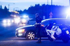 Ylen tieto: Toisella Porvoon epäillyistä ampujista tuomio poliisin väkivaltaisesta vastustamisesta Ruotsissa, taltuttamiseen vaadittiin neljä poliisia | Yle Uutiset | yle.fi