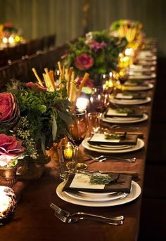 Guest contributor Lynda Quintero-Davids has put together her top tips for being a gracious hostess and making your guests feel welcome in your home for a dinner party.  Gracious Entertaining | Tabletop Decor | Place settings | Tablescapes | Hadley Court Interior Design blog | Long table place settings with flower centerpieces