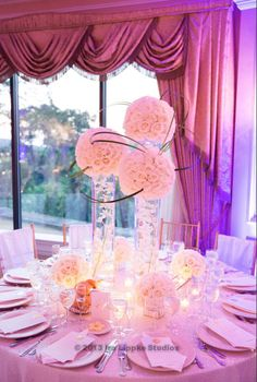 The high centerpiece design