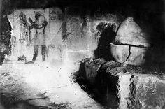 Antichambre du tombeau de Psousennès Ier abritant le sarcophage  de Sheshonq II ; nécropole royale de Tanis, NRT III. Source : Tanis, images d'une cité enfouie