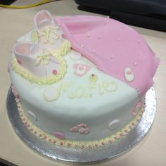 Marie's Merry Maternity Cake