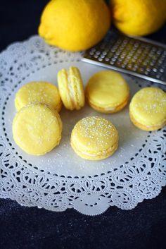 Sitruunamacaronit | Maku Lemon Macarons, No Bake Cookies, Baking Cookies, Joko, Nutella, Delicious Desserts, Tasty, Sweets, Bread