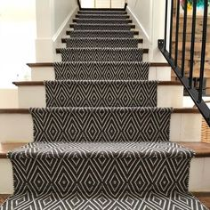 Best Carpet Runners For Stairs Referral: 7685675184 Wall Carpet, Diy Carpet, Bedroom Carpet, Living Room Carpet, Modern Carpet, Carpet Ideas, Carpet Trends, Carpet Decor, Plush Carpet