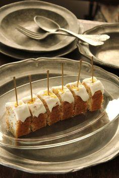 Lemon Poppy Seed Mini Cake