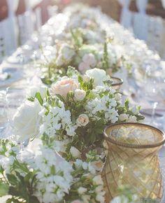 Romantic wedding table at Four Seasons Maui - florals by Teresa Sena Design - PC Dmitri and Sandra Photography