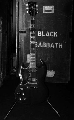 Black Sabbath - Tony Iommi's Signature Gibson SG