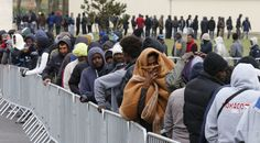 2,000 migrants storm Eurotunnel terminal in Calais, causing traffic disruptions — RT News