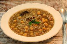 Kuchnia w wersji light: Zupa grzybowa z kaszą gryczaną i ciecierzycą