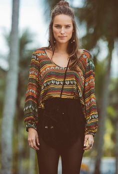 Excellent boho dresses are readily available on our internet site. Have a look and you wont be sorry you did. Hippie Style, Style Emo, Look Hippie Chic, Looks Hippie, Estilo Hippie Chic, Gypsy Style, Bohemian Style, Bohemian Fashion, Boho Gypsy