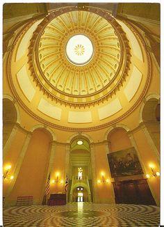 USA the Ohio statehouse rotunda , Columbus , Ohio.