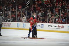 Chance the Rapper played Shoot the Puck during Friday's game against the Columbus Blue Jackets. #Blackhawks