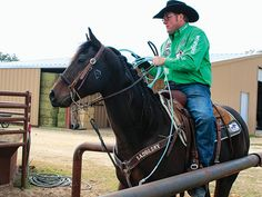 Shave off tenths while heading with these team roping tips from Coleman Proctor from our partner Spin To Win Rodeo Magazine