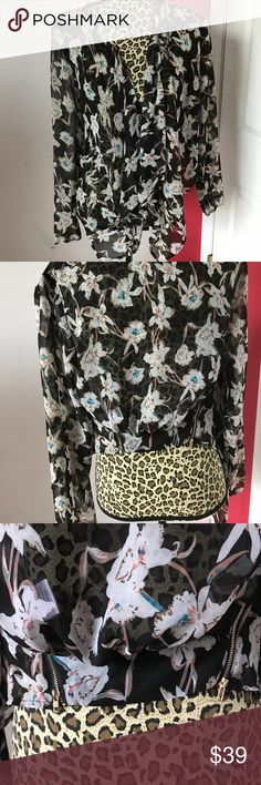 🆕 Adorable Silk Bolero Jacket Gorgeous 75% silk bolero jacket with dual zip back. So soft. Pictures don't do it justice. Size small. Tops Blouses