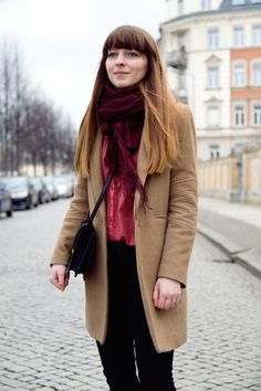 #camelcoat #pinkblouse #blogger #style #inspiration #spring #winter #clothing #blackjeans #ombrehair