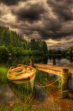 Challenge yourself with this Loch Ard Jetty. Trossachs National Park, Scotland jigsaw puzzle for free. 217 others took a break from the world and solved it. Beautiful World, Beautiful Places, Beautiful Pictures, Beautiful Sky, Hdr Photography, Landscape Photography, All Nature, Nature Source, Jolie Photo
