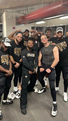 new orleans saints - 4 Stars & Up Football Usa, Nfl Football Players, Best Football Team, Youth Football, American Football, Funny Football, Saints Gear, Nfl Saints, New Orleans Saints Football