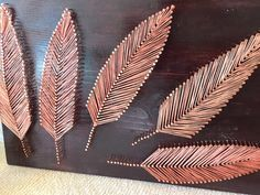 Feather String Art by Stringything on Etsy (Diy Art Projects) Diy And Crafts, Arts And Crafts, Nail String Art, Art Du Fil, String Art Patterns, Creation Deco, Ideias Diy, Art Yarn, Thread Art