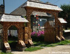 Călătorii la Singular » În sate din Maramureş Gazebo, Places To Visit, Outdoor Structures, Traditional, Life, Kiosk, Pavilion, Cabana