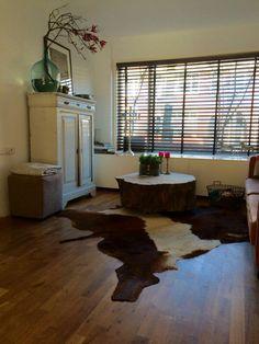 Een boomstam salontafel past in elke stijl, van landelijk tot industrieel! bedankt voor de mooie foto's❤  http://www.creativeopen.nl/product-categorie/boomstamtafels/